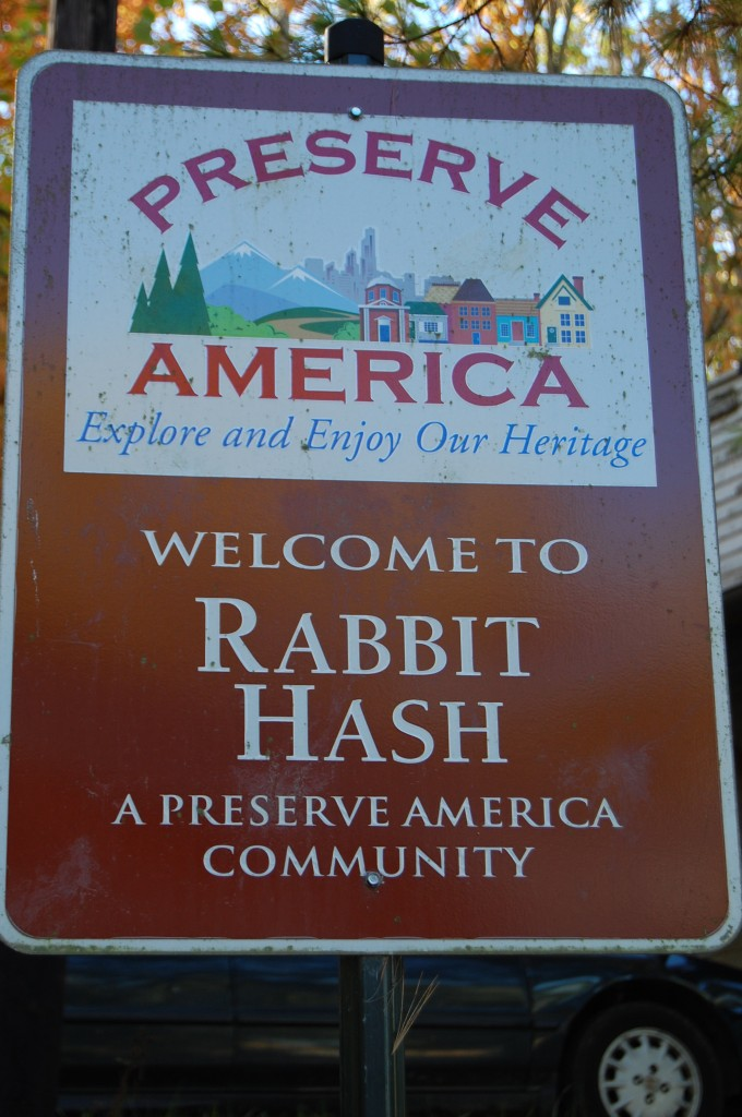 Rabbit Hash, KY sign