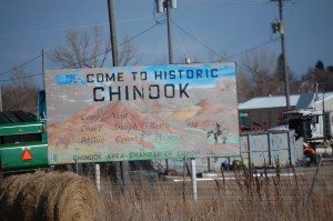 Welcome to Chinook sign