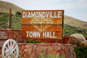 Diamondville Town Hall sign