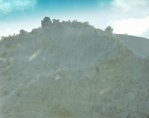 Giant pile of snow in Woodstock - February 2008