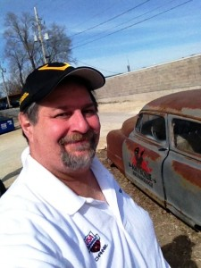 Sumoflam with old Nash at Antique Archaeology in LeClaire, Iowa