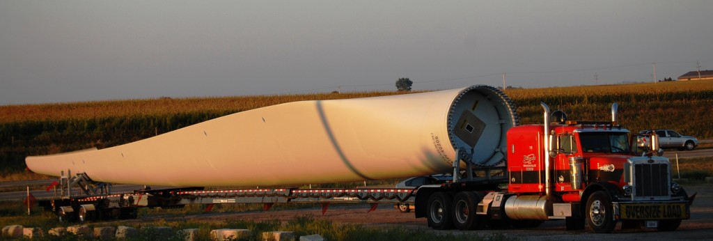 Truck with Wind Turbine Blade in Walcott, IA at Iowa 80 Truck Stop