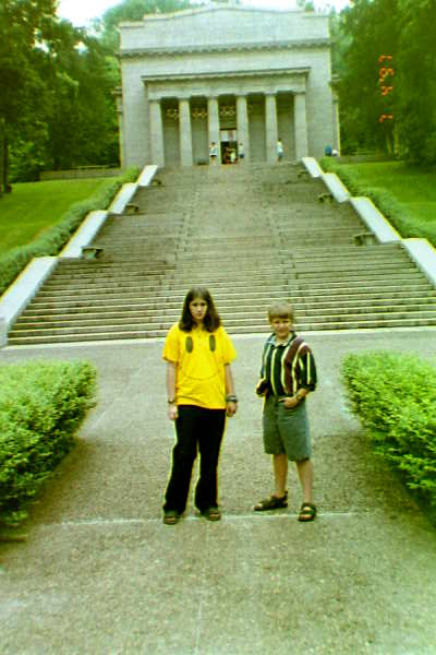 Chelsea and Seth at the Lincoln Birthplace monument in Hodgenville, Kentucky 1996