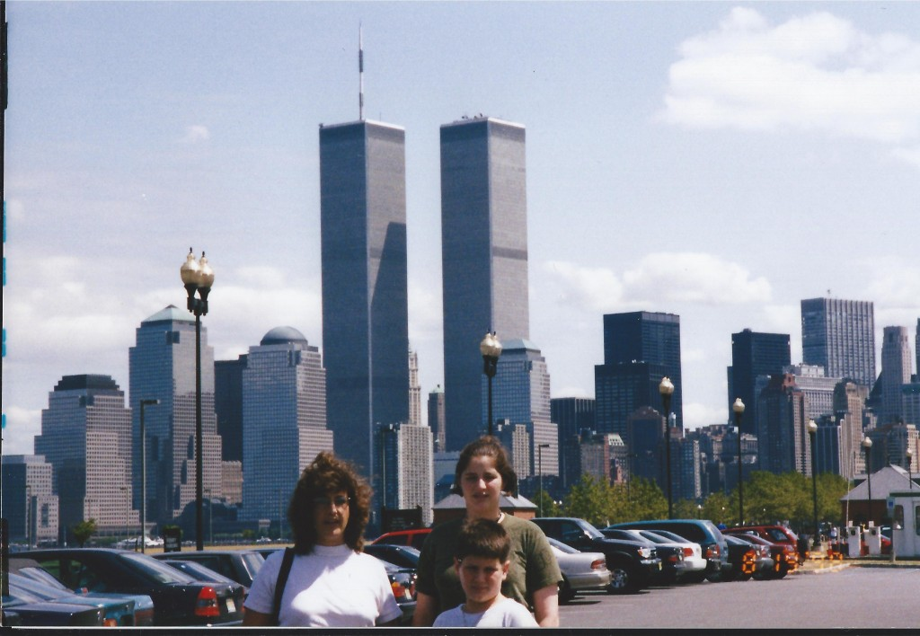 Sister Sherry, Chelsea and Solomon with WTC in background, August 1998