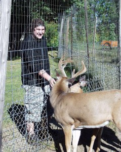 Near Lake Kabetogama in Minnesota, Solomon found a deer to feed